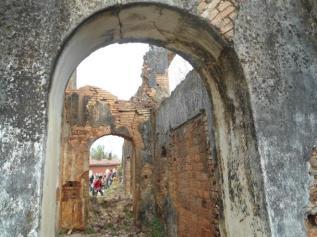 Ruínas da igreja de São Bento, no Morro do Cuscuz, Povoado de São Bento, em Maragogi, foi designado por D. Muniz