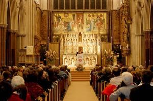 Scott Hahn compartilhando seu testemunho na Catedral de Westminster, Londres