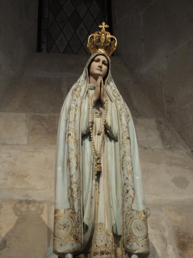 Imagem de Nossa Senhora na cidade de Alcobaça/Portugal