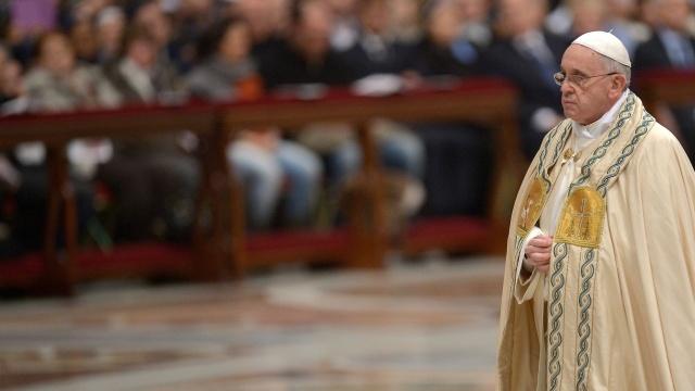 racoes-das-primeiras-vesperas-e-do-te-deum-na-basilica-de-sao-pedro-no-vaticano-nesta-terca-feira-31-ultimo-dia-de-2013-1388521738312_1920x1080